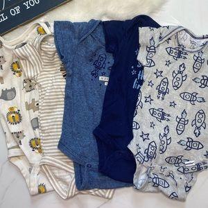 🎉Bundle baby boy Gerber bodysuits B7-17